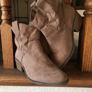 Shoes - Slip on Ankle Boots